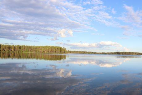 Lake valkeinen